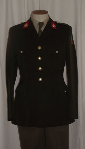 01 Dutch Infantry Service Dress (Front)