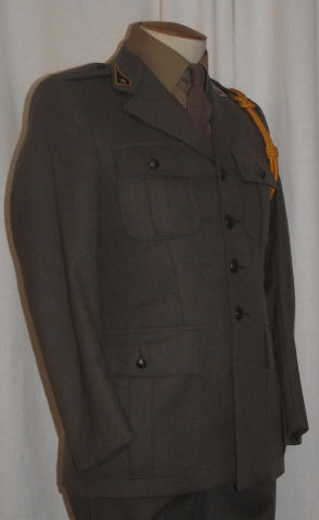 02 Artillery School Service Dress (Rightt)