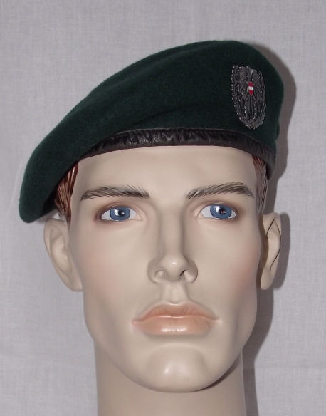 02 Austrian Army Infantry Beret (Front)