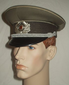 GDR Infantary Peaked Cap Officers (Front Right)